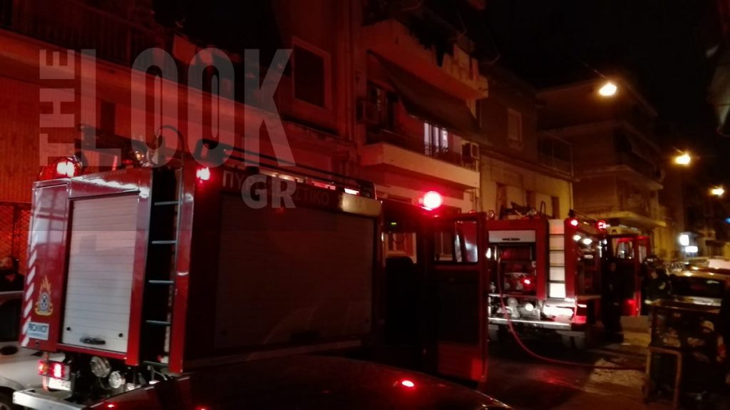 , Αποκλειστικό: Πυρκαγιά σε υπόγειο διαμέρισμα στην Κυψέλη