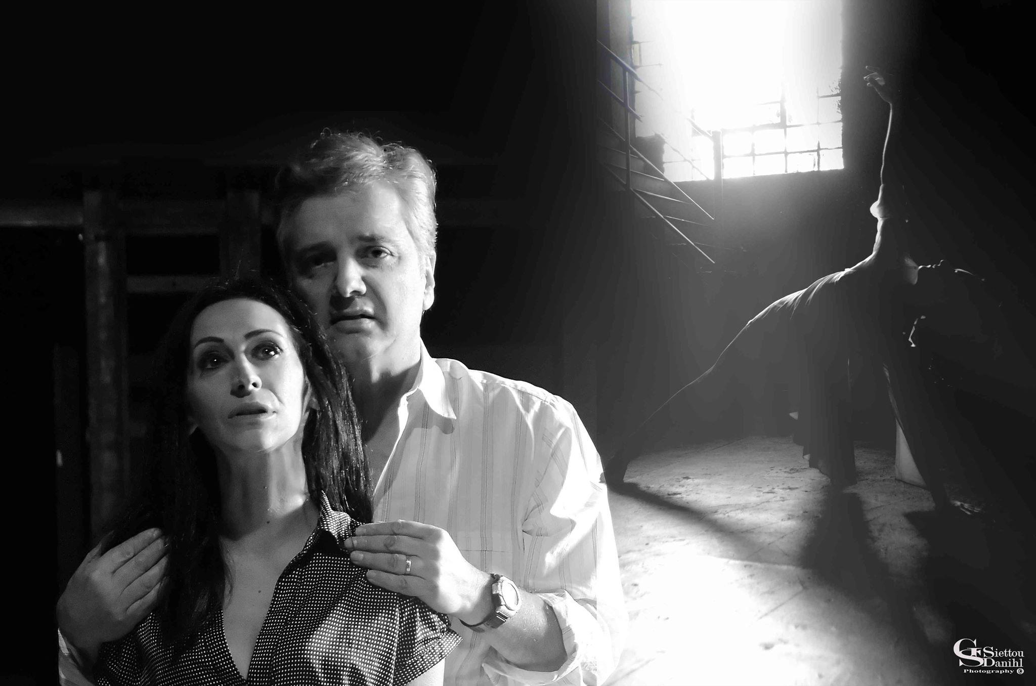 «Τι Κρύβει η Ντουλάπα» | Της Τζωρτζίνας Τζήλιου & του Γιώργου Κολιοβέτα