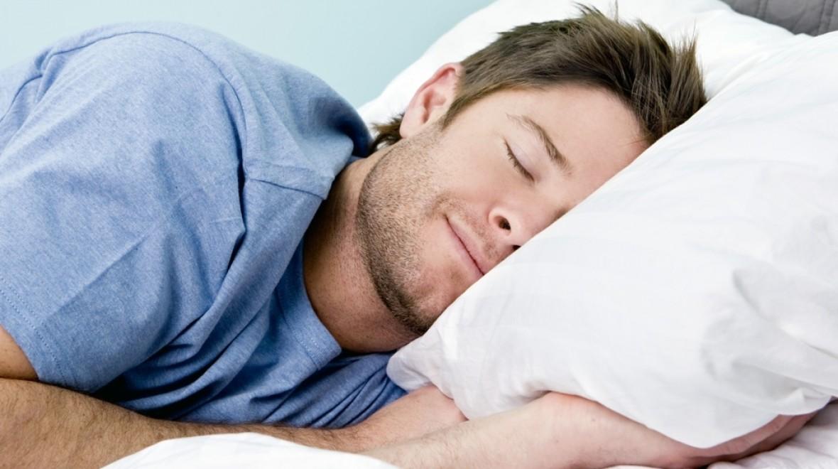 Ύπνος το μεσημέρι: Τα υπέρ και τα κατά