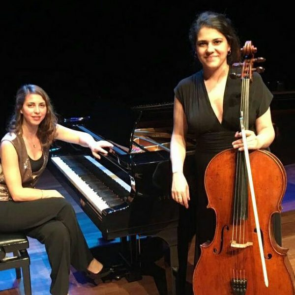 Duo Aura: Η Αγάπη Τριανταφυλλίδη και η Nil Kocamangil στο Σισμανόγλειο Μέγαρο της Κωνσταντινούπολης