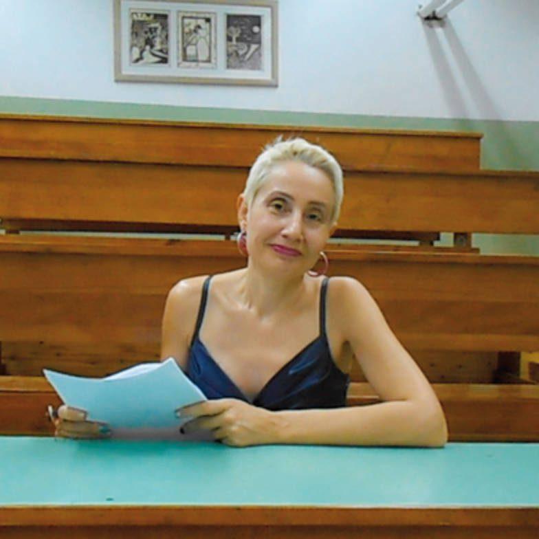 """Συνέντευξη: Σοφία Νικολαΐδου «Σίγουρα η ζωή έχει πολλή, μα πολλή, φαντασία"""""""