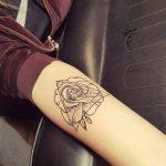 Οταν το σώμα γίνεται καμβάς και ο tattoo artist Chris Core ζωγραφίζει!