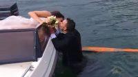 Ο γάμος θέλει φαντασία – Η βουτιά του γαμπρού στη λίμνη να πιάσει την ανθοδέσμη (video)