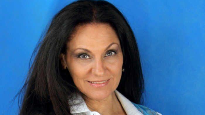 Συνέντευξη: Ελένη Γαληνού «Η ζωή είχε, έχει και θα έχει ομορφιές και δυσκολίες»
