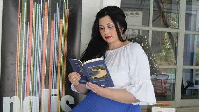 «Θαλασσινές Διαδρομές» Το νέο διήγημα της Ιωάννας Μαστοράκη καλωσορίζει το καλοκαίρι.