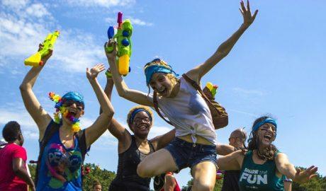 Waterboom Festival |  Όλη η Αθήνα, ένα μπουγέλο | Το Line Up του πιο WaterFun Φεστιβάλ της Αθήνας
