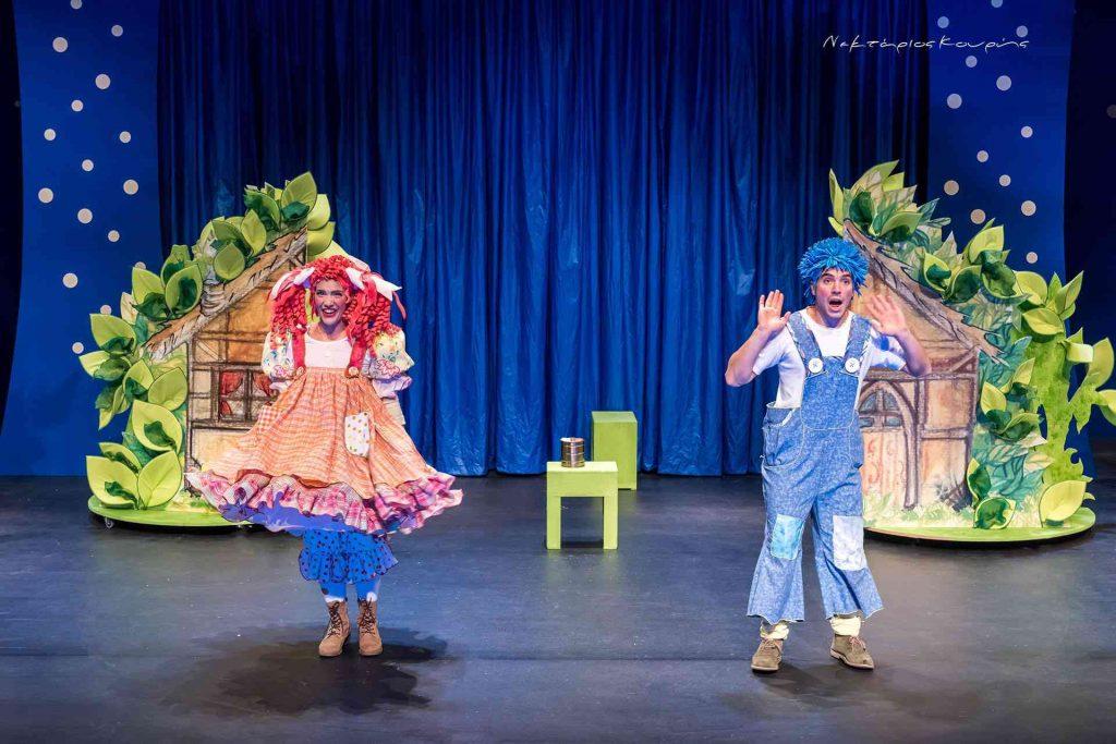 Καλοκαιρινή περιοδεία στις γειτονιές της Ελλάδας για την παράσταση «Χένσελ Και Γκρέτελ» με την υπογραφή της Κάρμεν Ρουγγέρη