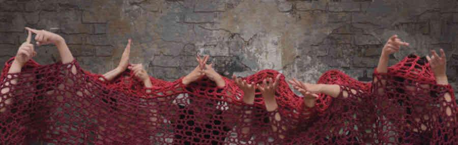 """""""Τρωάδες"""" του  Ευριπίδη από τη Θεατρική Oμάδα Kωφών """"Τρελλά Χρώματα"""" & το ΔΗ.ΠΕ.ΘΕ Ρούμελης"""