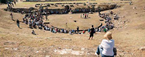 Το Αρχαίο Θέατρο της Ερέτριας ανοίγει τις πύλες του μετά από σαράντα χρόνια