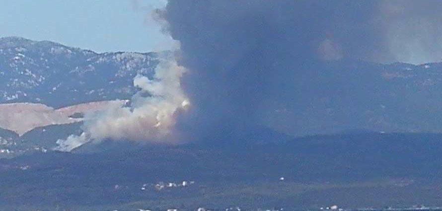 Εντολή εκκένωσης χωριών λόγω της φωτιάς στην Εύβοια