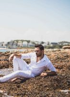 , Νίκος Δούρος: Ο δημιουργός των σουξέ Αργυρού, Κιάμου Γονίδη περνάει στην «επίθεση» ως τραγουδιστής