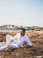 Νίκος Δούρος: Ο δημιουργός των σουξέ Αργυρού, Κιάμου Γονίδη περνάει στην «επίθεση» ως τραγουδιστής