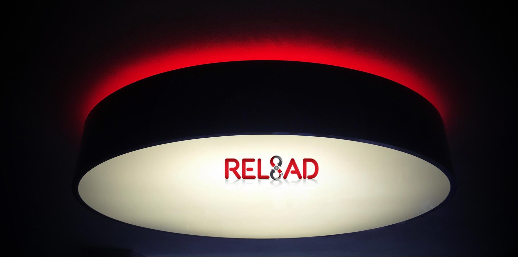 Το δισκάδικο Reload «χτίζεται» από το μηδέν και μεταμορφώνεται σε σύγχρονο loft με industrial αισθητική!