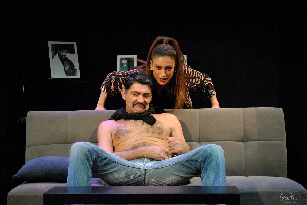 , «Τρεις… Χειρότερα» στο Θέατρο Έαρ Βικτώρια