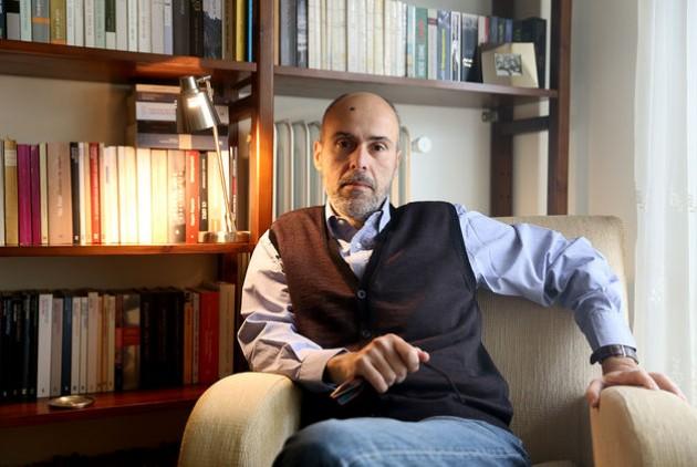 , «Το Κιβώτιο»  στο Studio Μαυρομιχάλη  Συζήτηση 3η: Νίκος Δαββέτας