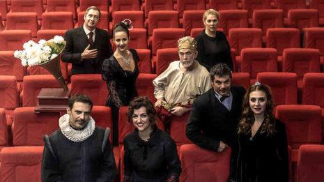 """""""Ο καιρός των χρυσανθέμων"""" στο Θέατρο Άλφα.Ιδέα"""
