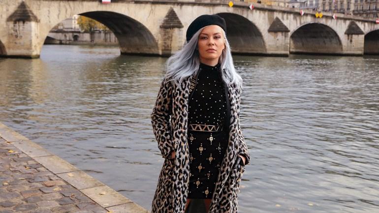 «Πες μου που ήσουν»: Εντυπωσιάζει το νέο video clip της Naya που γυρίστηκε στο Παρίσι