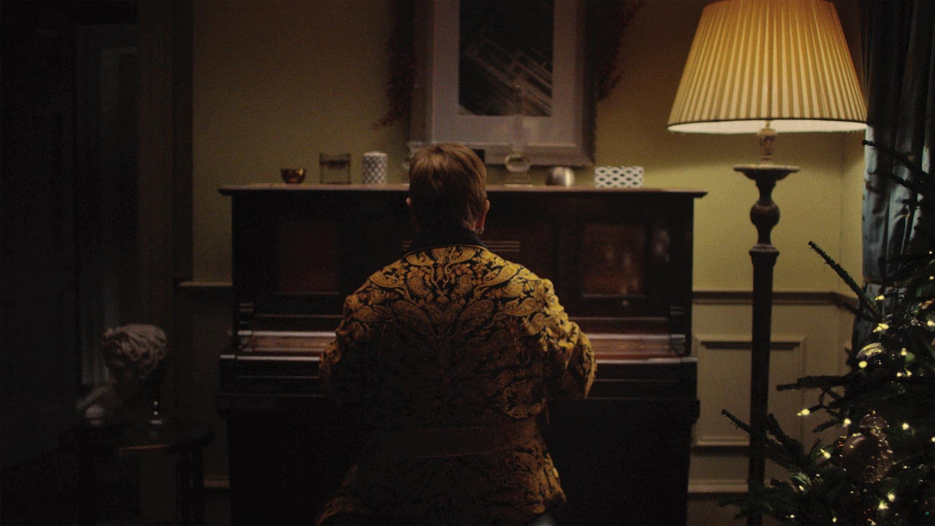 Το «Your Song» του Elton John φαβορί στα charts τα φετινά Χριστούγεννα στη Μ.Βρετανία