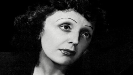 Σαν σήμερα στις 19 Δεκεμβρίου το 1915 γεννήθηκε η Εντίθ Πιαφ