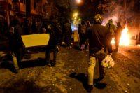 , LIVE: Μολότοφ και φωτιές στα Εξάρχεια μετά τη συγκέντρωση για τον Γρηγορόπουλο | Φωτιά σε διαμέρισμα από μολότοφ