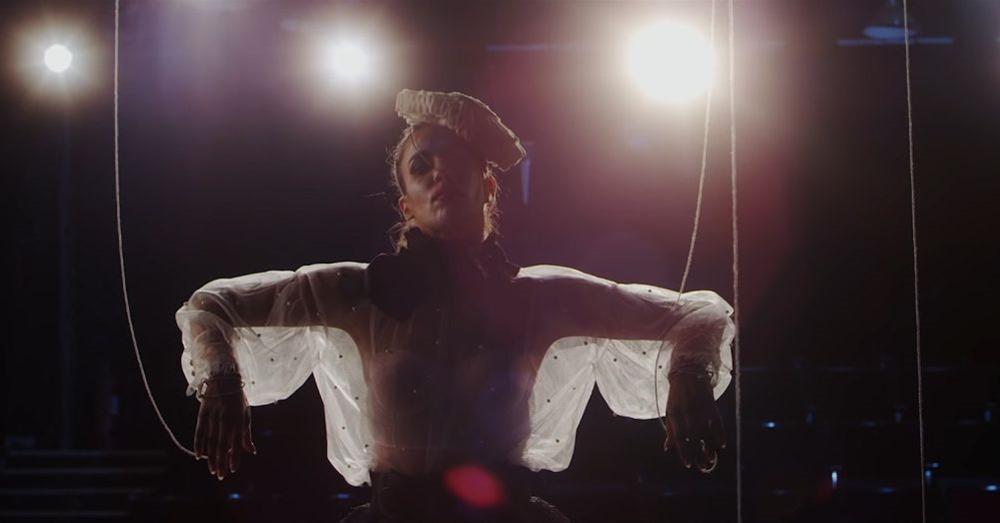 Κατερίνα Στικούδη - «Από μια άλλη εποχή»   New Single & Music Video