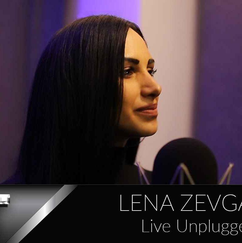 Λένα Ζευγαρά live unplugged : Kυκλοφόρησε και ξεσηκώνει το 5αλεπτο live unplugged της (βίντεο)