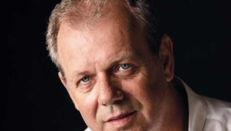 , Συνέντευξη: Θοδωρής Παπαθεοδώρου «Τρανή κατάρα για τον λαό μας η ιστορική μας ημιμάθεια»