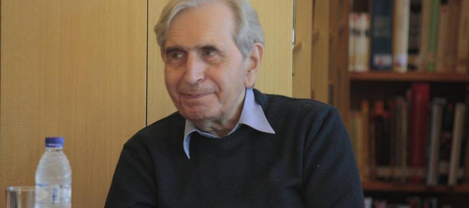 , Συνέντευξη: Τόλης Νικηφόρου «Όλα μου τα ποιήματα είναι γραμμένα με το αίμα της καρδιάς μου»