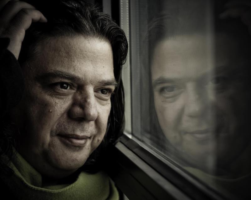 Τάσος Αγγελίδης-Γκέντζος «Όλα ξεκίνησαν στο κοιμητήριο| Παρουσίαση & Έκθεση Φωτογραφίας στο Duende JazzBar