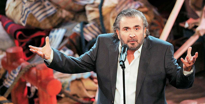 Αποκάλυψη! Αυτό είναι το τραγούδι που είπε ο Λαζόπουλος στην πρεμιέρα του «Αλ Τσαντίρι» (video)