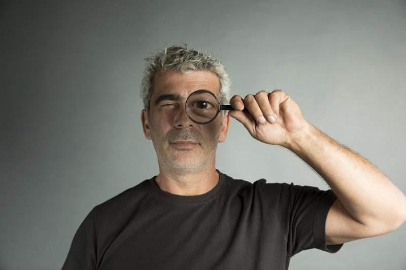 Δημήτρης Μυστακίδης «Εγκλήματα Στο Ρεμπέτικο Η Επιστροφή»   Σάββατα 13 και 20 Απριλίου στο ΙΛΙΟΝ plus