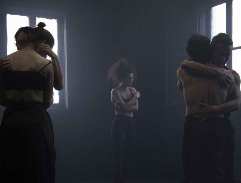 «Silence Speaks» του Dhanedra Kawade από τη θεατρική ομάδα HIPPO