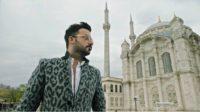 , Τα εκατομμύρια views για το νέο του τραγούδι, οι sold out εμφανίσεις, η επιτυχία: Ποιος τραγουδιστής κάνει την έκπληξη