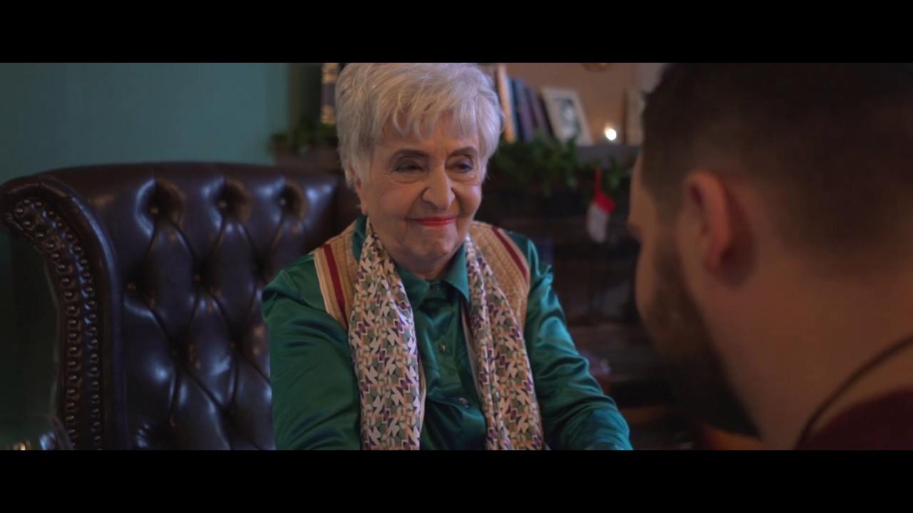 «Μάνα» Νέο Τραγούδι από τον Στέφανο Αθανασίου   Στον ρόλο της «Μάνας» η κυρία Έφη Παπαθεοδώρου