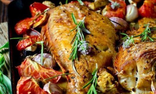 Λαβράκι στο φούρνο με λαχανικά