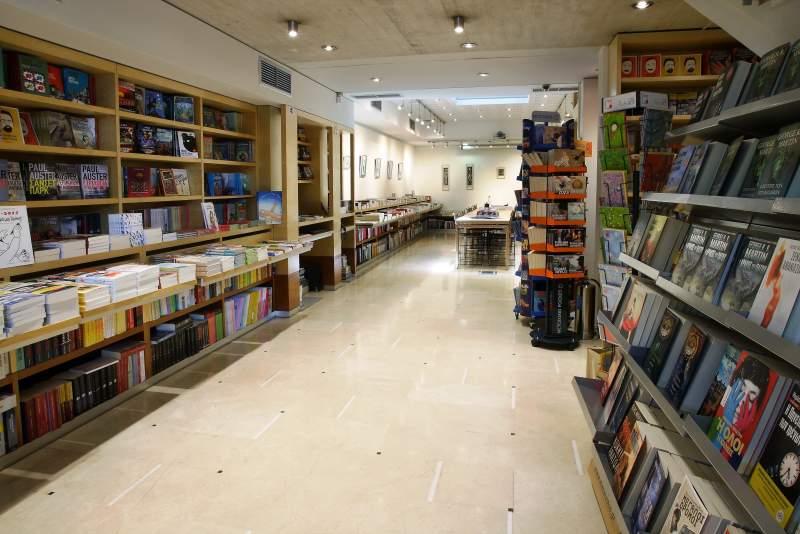 Σχολή Μετάφρασης και Νέα Σεμινάρια στον Πολυχώρο Μεταίχμιο