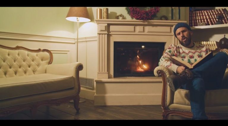 ", ""Santa's Day Job"" : Απολαύστε το χριστουγεννιάτικο single των Deejay Nic The Band με κοινωνικό μήνυμα"
