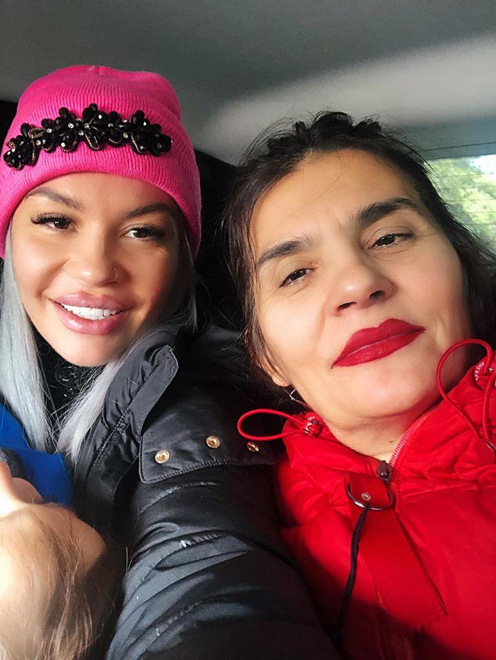 , Naya: Δείτε για πρώτη φορά την πανέμορφη μητέρα της (εικόνα)