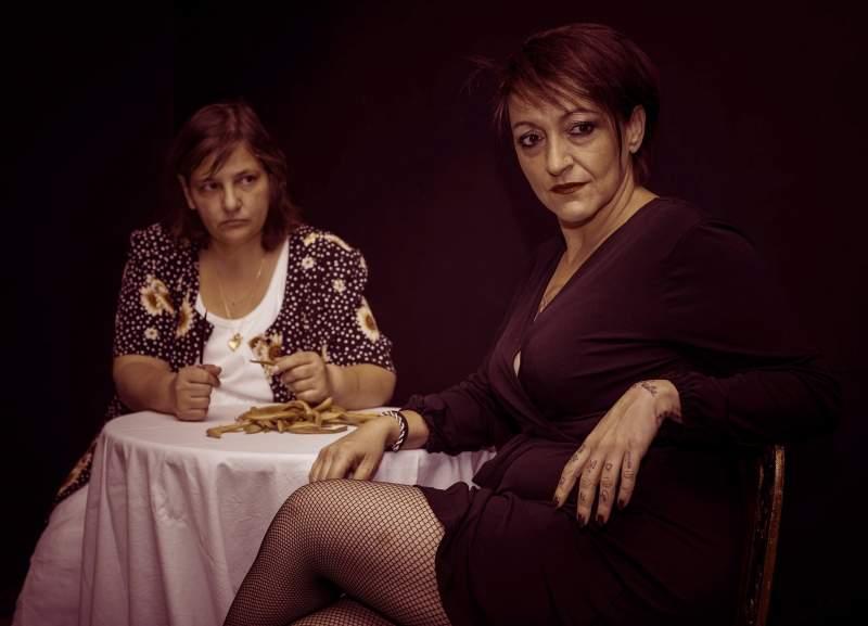 , Χρωματιστές γυναίκες – Dialogue in the dark   Θέατρο Βαφείο – Λάκης Καραλής