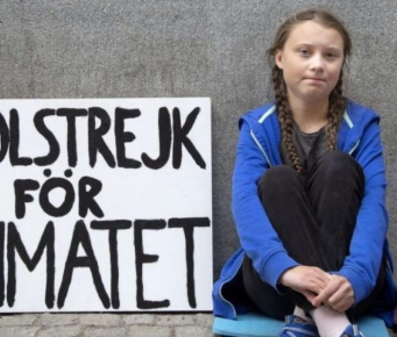 Γκρέτα Τούνμπεργκ: Ποια είναι η 16χρονη ακτιβίστρια που θέλει να «πανικοβληθούμε»