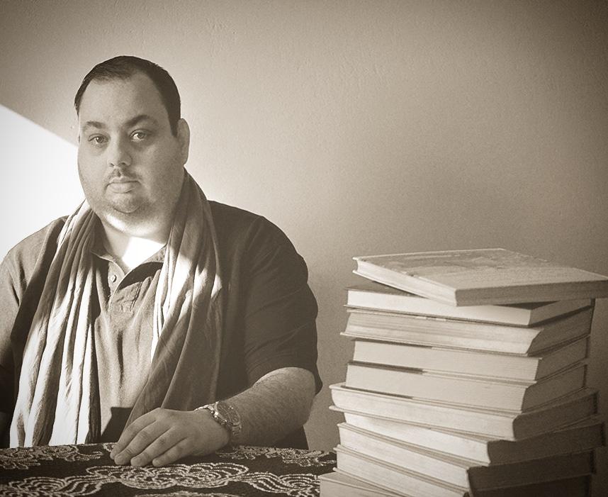 """Συνέντευξη: Παναγιώτης Τζαννετάτος """"Γράφοντας κάποια ποιήματα δεν γίνεσαι ποιητής. Ποιητή σε βαφτίζει ο χρόνος"""""""