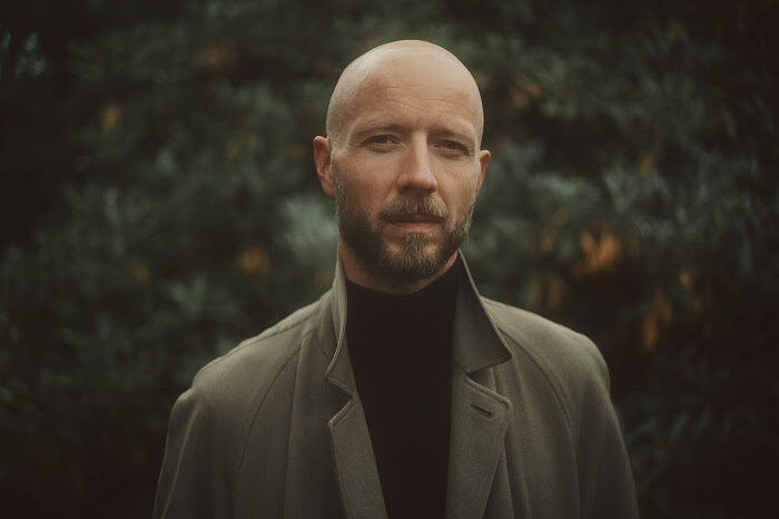 """Το νέο single του Sivert Høyem """"Run Away"""" κυκλοφορεί σε λίγες ημέρες"""